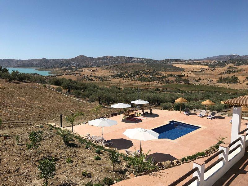 El Atico - Zicht op bergen en olijfboomgaard - Finca Zayas - Periana, alquiler vacacional en Periana