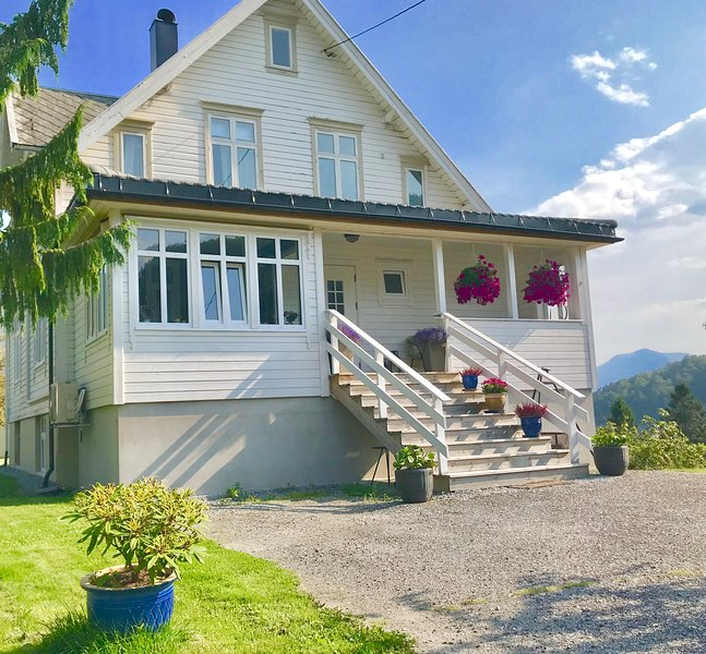 Villa Lovise, holiday rental in Valldal
