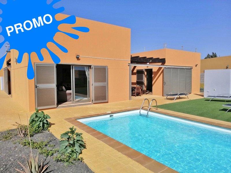 Superbe villa 3 ch. avec piscine privée à Caleta de fuste 5 (Golf), alquiler de vacaciones en Caleta de Fuste