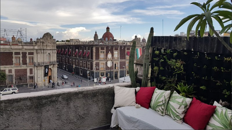 Breathtaking historic private terrace 2bdrm flat, holiday rental in Ecatepec