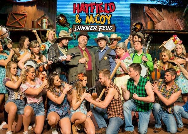 Entrada gratuita para adultos a la cena espectáculo de Hatfield y McCoy