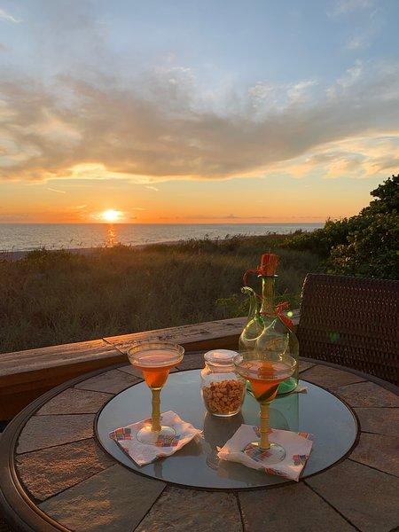 Beachfront Cottage on Manasota Key Has Waterfront and ...