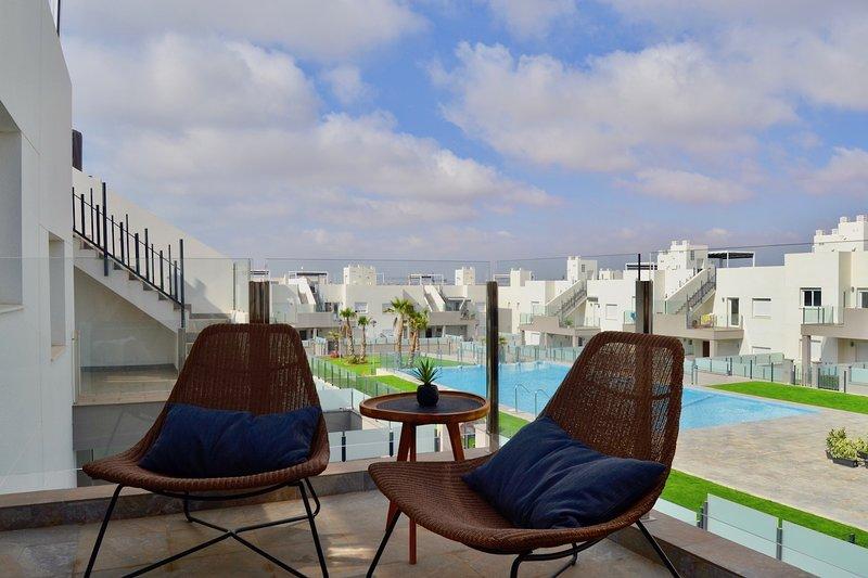 Cosy Casa Blanca New apartment for 4 persons, location de vacances à El Chaparral