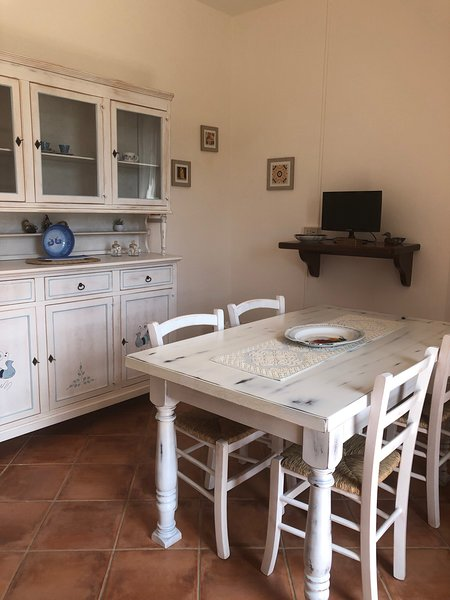 CASA GINESTRA, holiday rental in Tempio Pausania