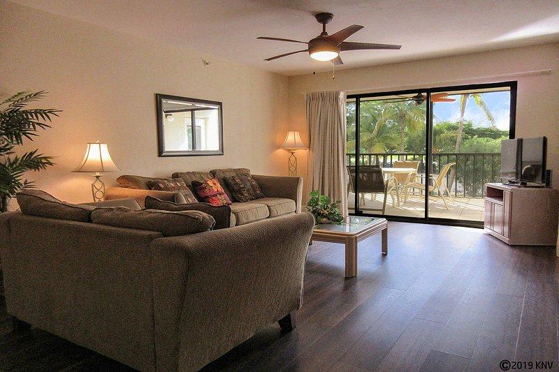 Santa Maria 111 - Geräumig und liebevoll, diese 1 Schlafzimmer, 1 1/2 Bad Ferienwohnung befindet sich direkt gegenüber vom Strand.