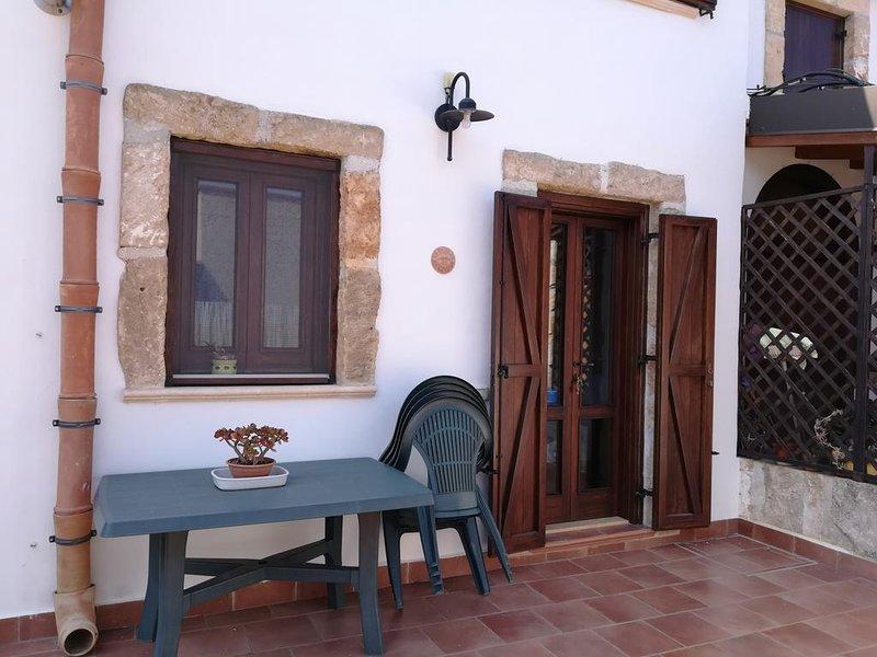 Beautiful apartment in Palermo, holiday rental in Punta Raisi
