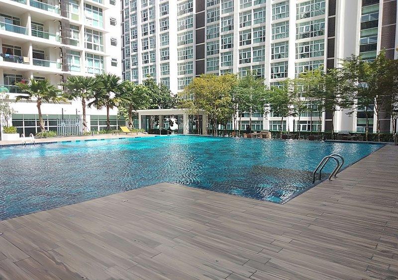 MyAIRA Homestay at Mutiara Ville Cyberjaya, holiday rental in Selangor