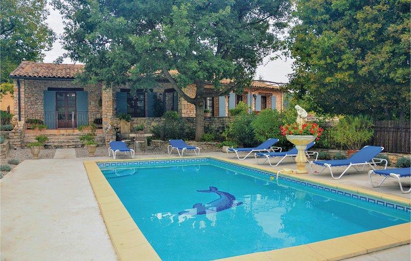 Nice home in St Martin De castillon with WiFi and 3 Bedrooms (FPV417), holiday rental in Saint-Martin-de-Castillon