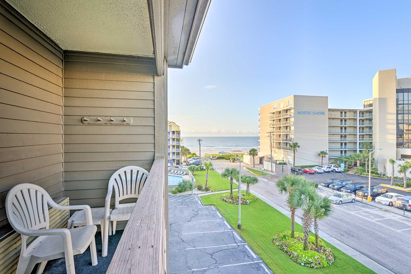 Waterfront Ocean Dunes Villa at Sands Resorts, holiday rental in Myrtle Beach