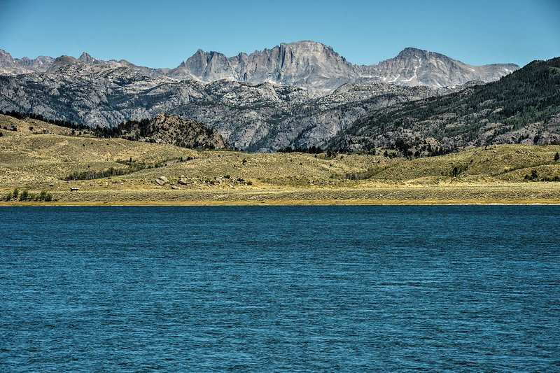 Head to this breathtaking mountain lake.