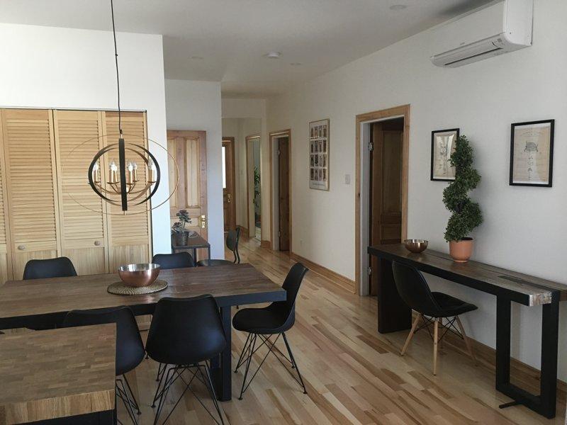 Appartement tout confort dans Rosemont-Petite patrie métro beaubien, holiday rental in Montreal
