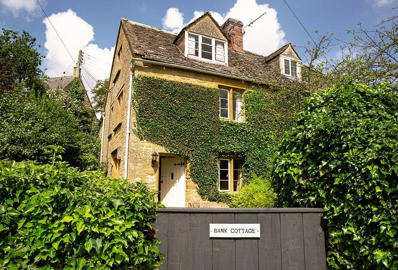 Bank Cottage (Longborough), alquiler vacacional en Moreton-in-Marsh