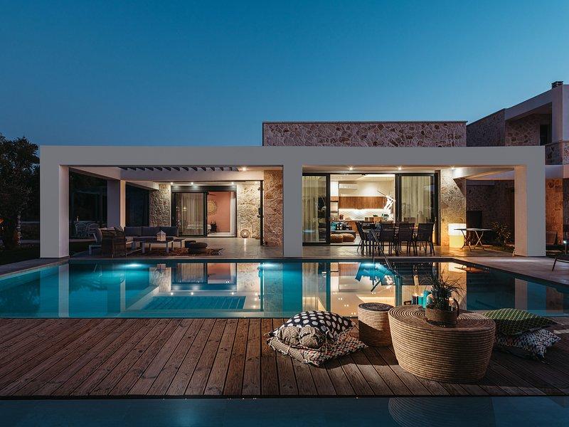 Tiare Luxury Villas with Private Pools - Villa 1, vacation rental in Tragakion