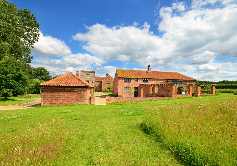 The Barn at Moor Hall, holiday rental in Itteringham