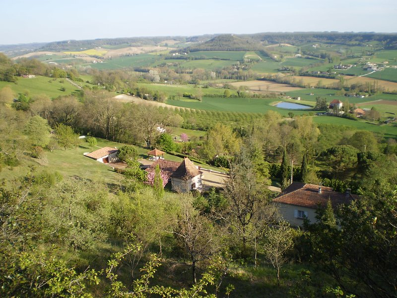 Nice chalet with shared pool & Wifi, holiday rental in Trentels