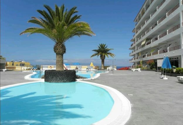 Nice apartment with shared pool, holiday rental in Playa de la Arena