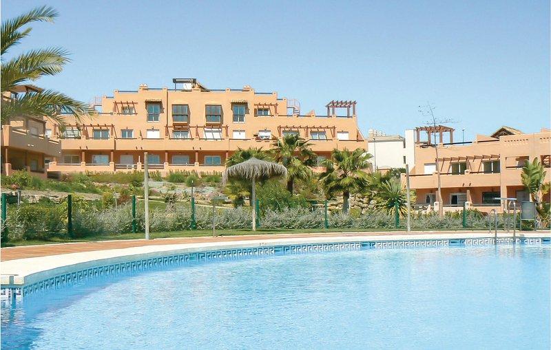Nice home in Casares Costa with 2 Bedrooms (EAS113), vacation rental in Casares del Sol