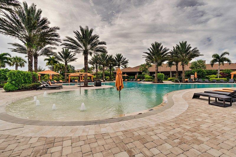 Il condominio del resort include l'accesso a fantastici servizi tra cui la piscina!