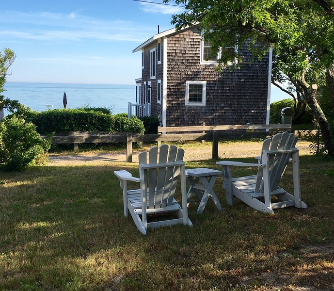 Family Cottage, Steps from a Private Beach on Brewster Dunes, alquiler de vacaciones en Brewster