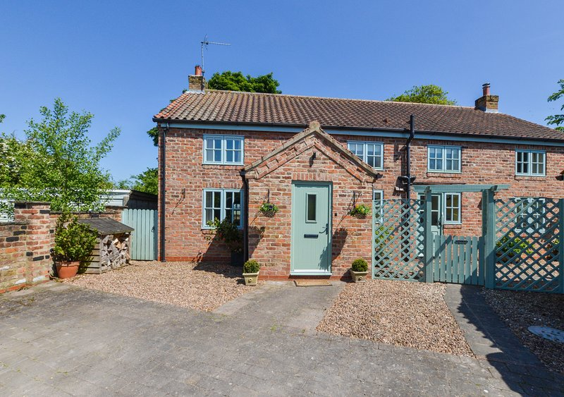 Rose Cottage, holiday rental in Bainton