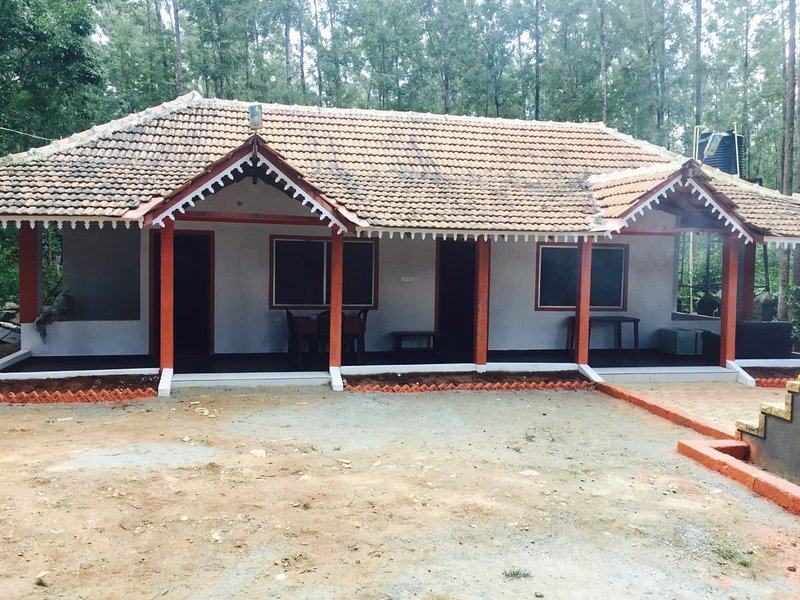 TripThrill Silver Shadow Homestay, holiday rental in Chikmagalur