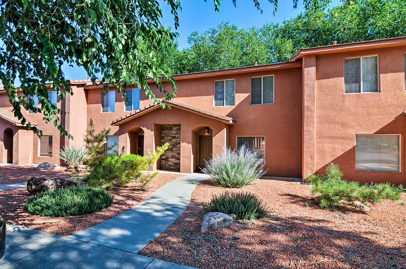 Looking for an American West adventure? Book this 3-bed, 2.5 bath condo!