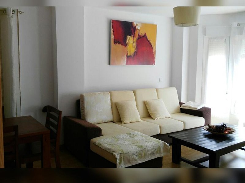 Spacious apartment with terrace, holiday rental in Alange