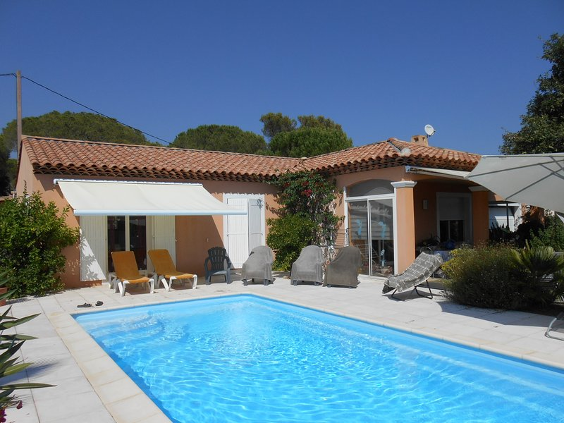 Spacious villa with swimming-pool, holiday rental in Puget-sur-Argens