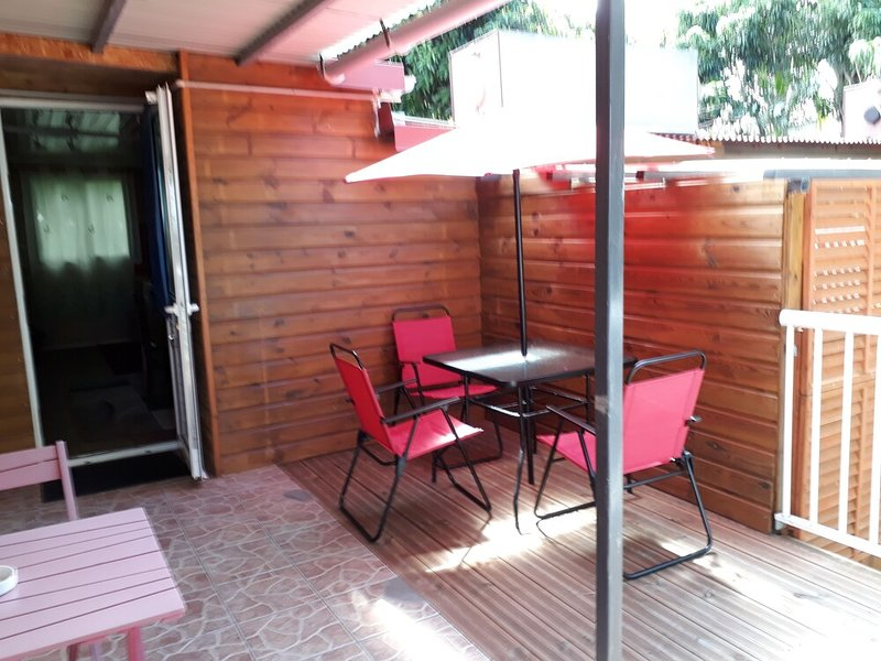 Nice studio with terrace, holiday rental in La Ligne des Bambous