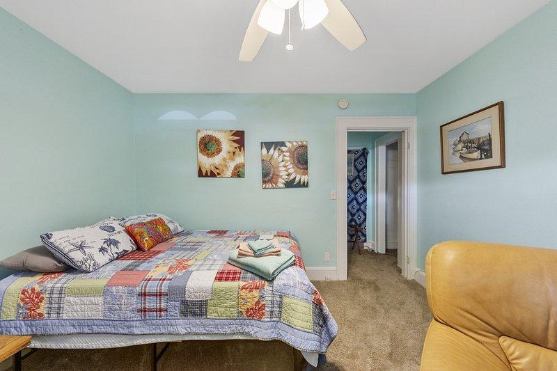 Cozy Suite at the Beach – semesterbostad i Hampton
