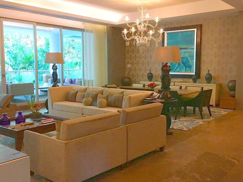 Grand Luxxe Residence Club 4 Bedroom Residence at Vidanta Riviera Maya, vacation rental in Playa Paraiso
