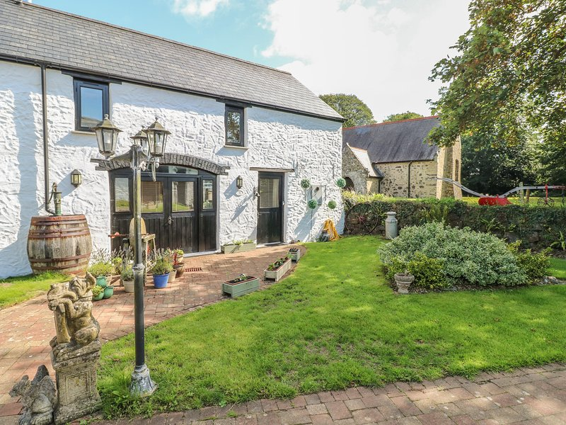 Primose Cottage, Rosemarket, holiday rental in Landshipping