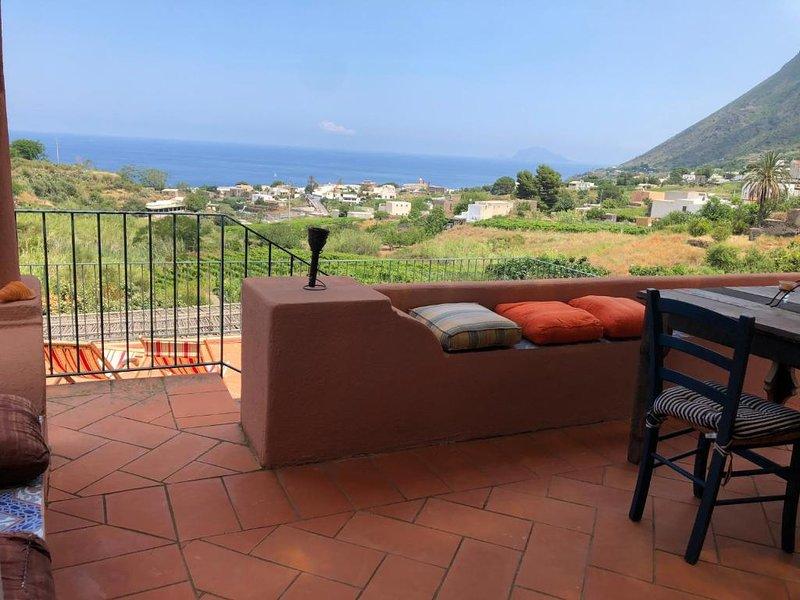 R&B Casa Milioti Salina, holiday rental in Rinella