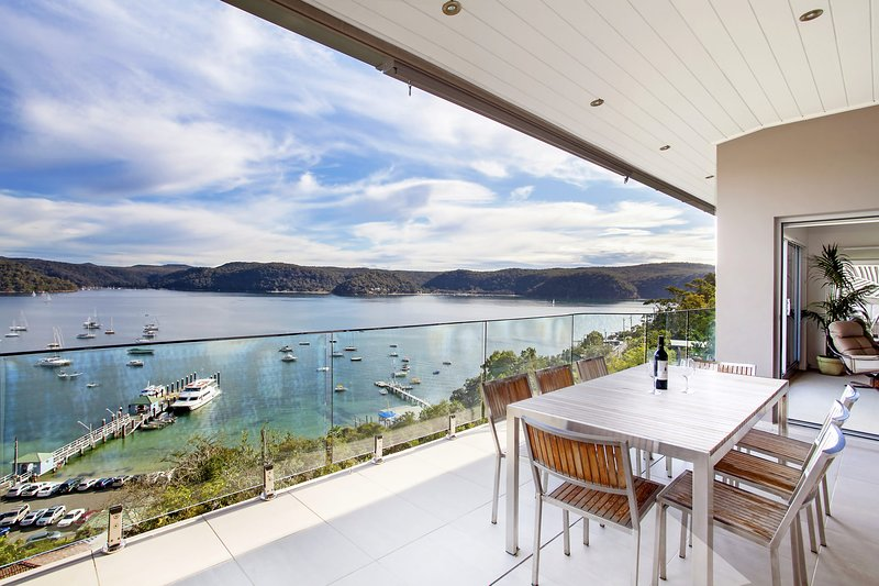 The Commodore Penthouse, holiday rental in Greater Sydney