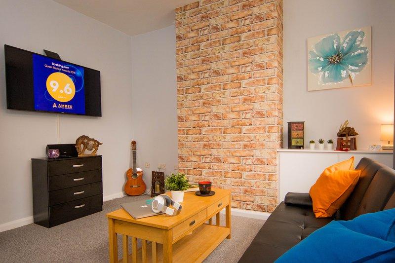 Limpenny House | Free parking | Perfect for groups, aluguéis de temporada em Eastwood