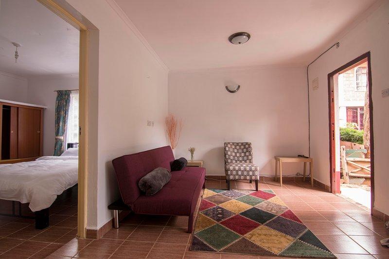 Spacious 1 bedroom house + own garden in Westlands, vacation rental in Limuru