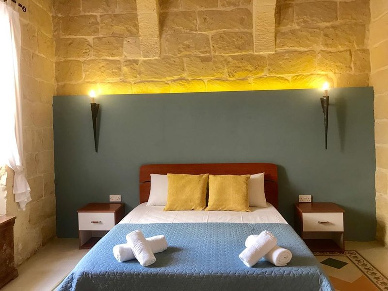 Onda Blu , Townhouse in Gozo, holiday rental in San Lawrenz
