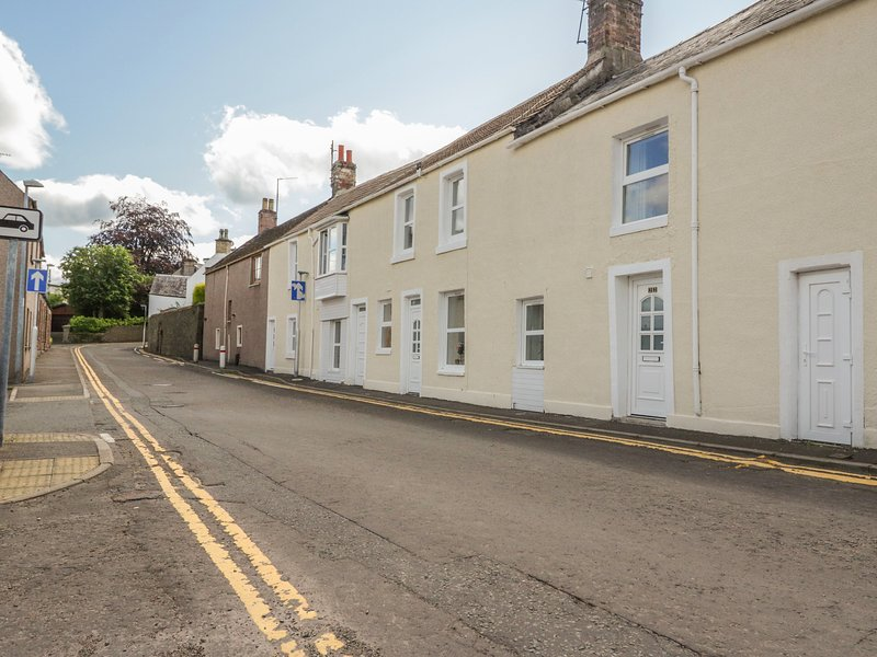 22 Canmore Street, Forfar, holiday rental in Angus