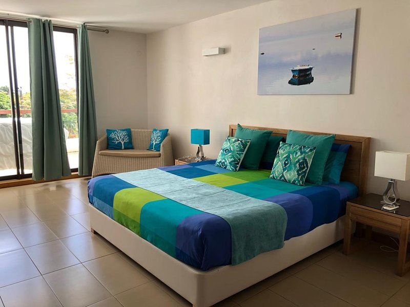 Appartement spacieux à 5 minutes des plages., alquiler vacacional en Mont Choisy