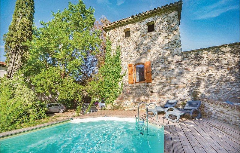 Stunning home in Les Salles du Gardon with 2 Bedrooms (FLG121), holiday rental in Les Salles-du-Gardon