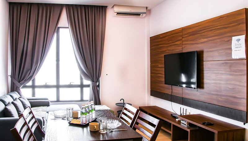 Book-A-Rest Suite, vacation rental in Subang Jaya