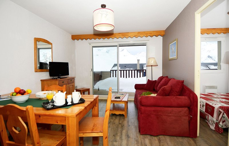 Come and stay in our cozy and charming apartment!