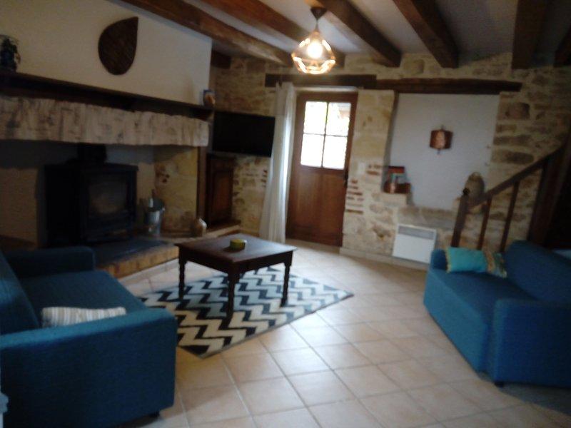 La Maison d'IRENE - BONAGUIL, location de vacances à Condezaygues