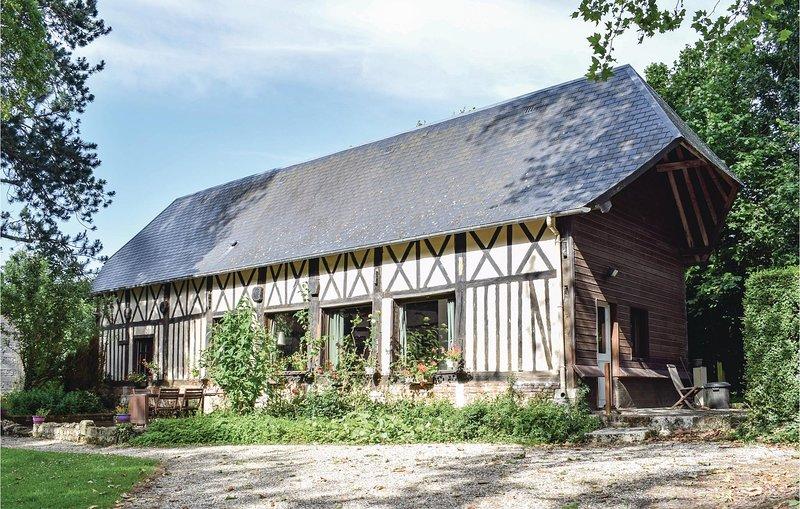Stunning home in TOUFFREVILLE-CORBELINE with 1 Bedrooms (FNS029), location de vacances à Saint-Paër
