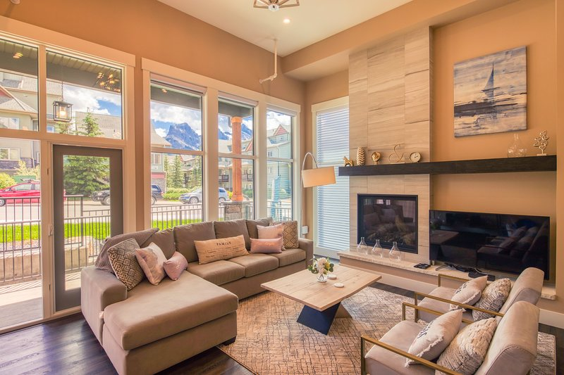The Peak by Samsara | Brand New Luxury Townhome | 4BR + 4.5BTH | Mountain View, location de vacances à Canmore