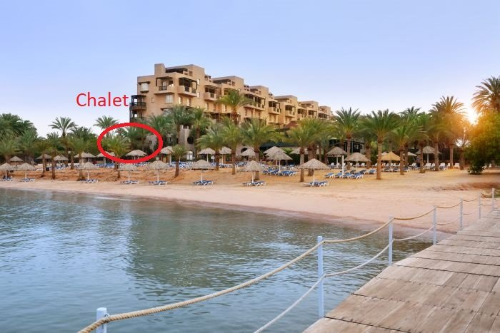 Beachfront Movenpick Apartment, Priceless Seaview for Rent – Ground Floor, alquiler de vacaciones en Aqaba