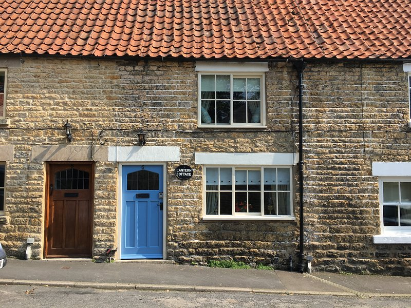 Quaint Stone Cottage, quiet location, rural outlook, beams, wood burner, garden, holiday rental in Kirkbymoorside