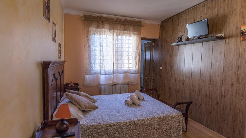 Excelente habitacion doble, casa vacanza a Robledo de Chavela