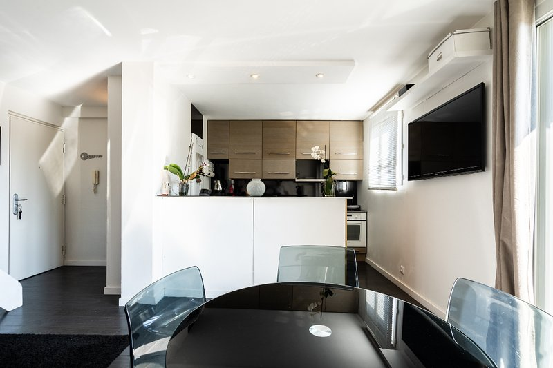 T3 DUPLEX GRAND ROND AVEC PARKING, holiday rental in Toulouse
