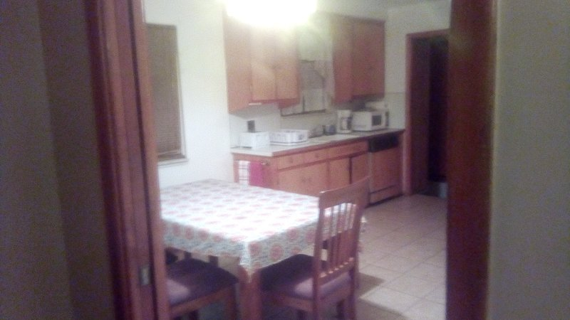 Entire House. Up to 10 people. Pet friendly, vacation rental in Harper Woods